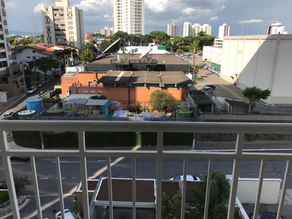 Comprar Apartamento / Padrão em São José dos Campos R$ 370.000,00 - Foto 2
