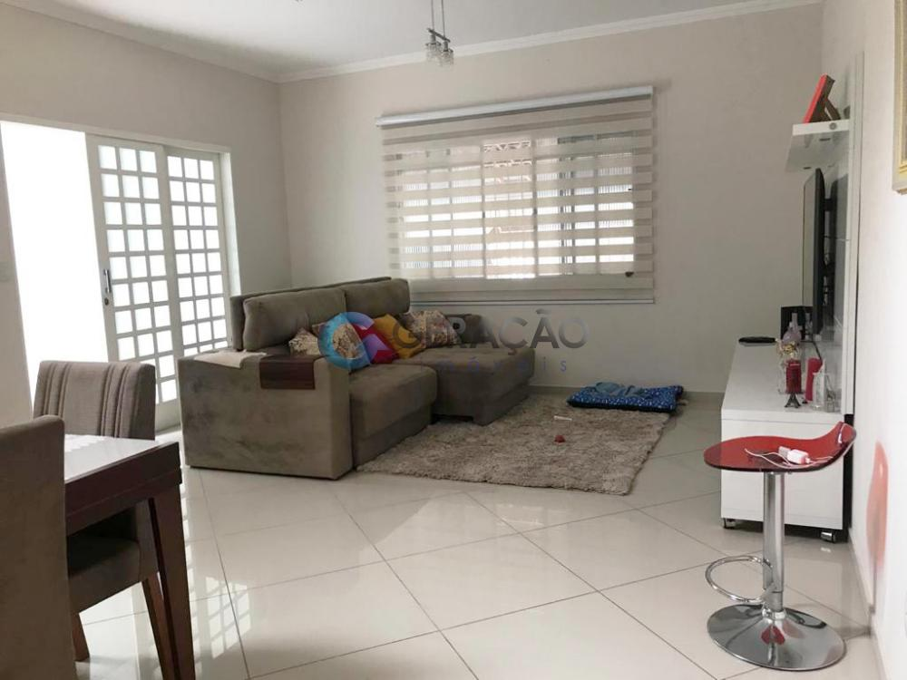 Comprar Casa / Sobrado em São José dos Campos R$ 550.000,00 - Foto 2
