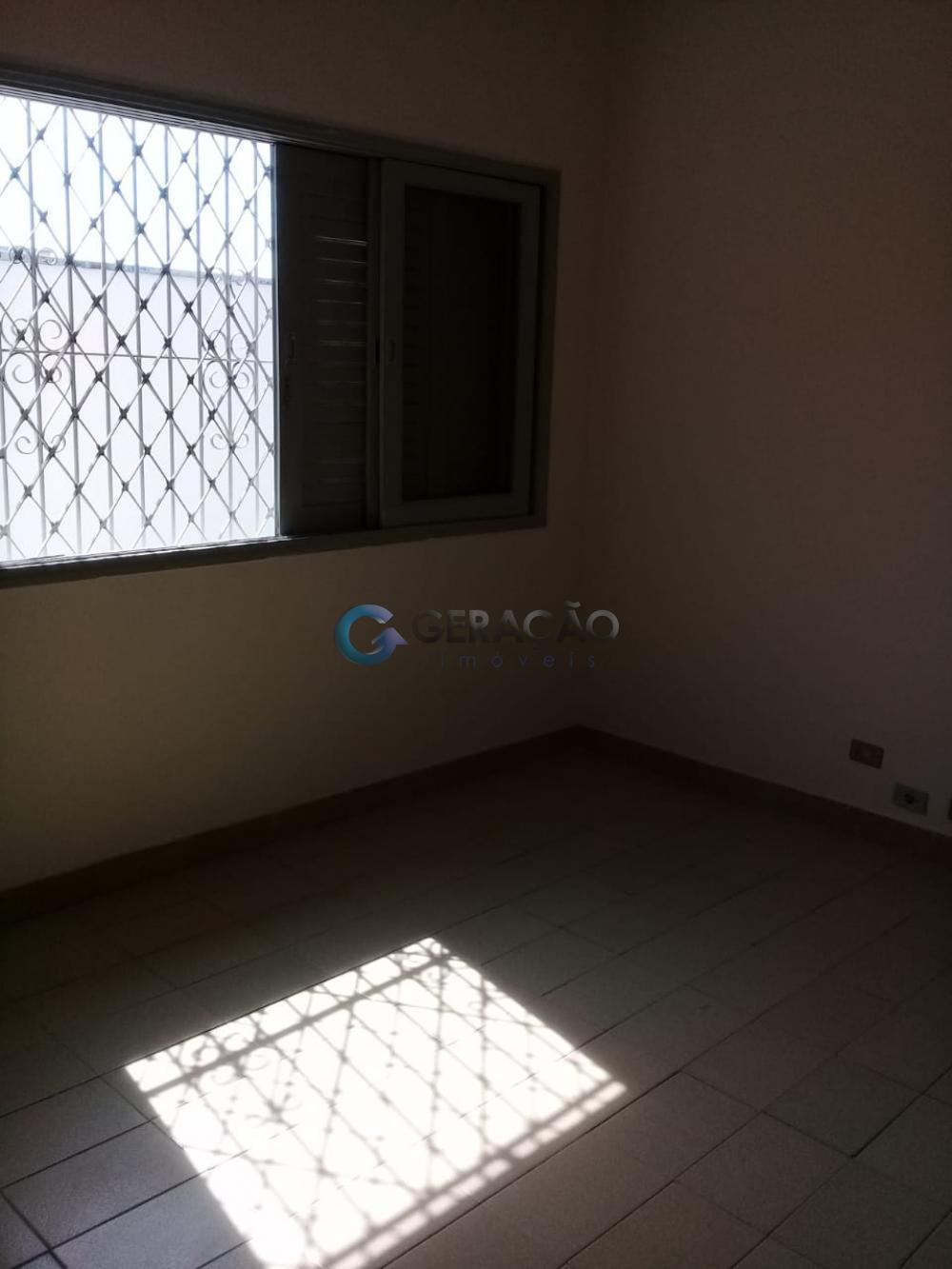 Alugar Comercial / Casa em São José dos Campos R$ 2.800,00 - Foto 4