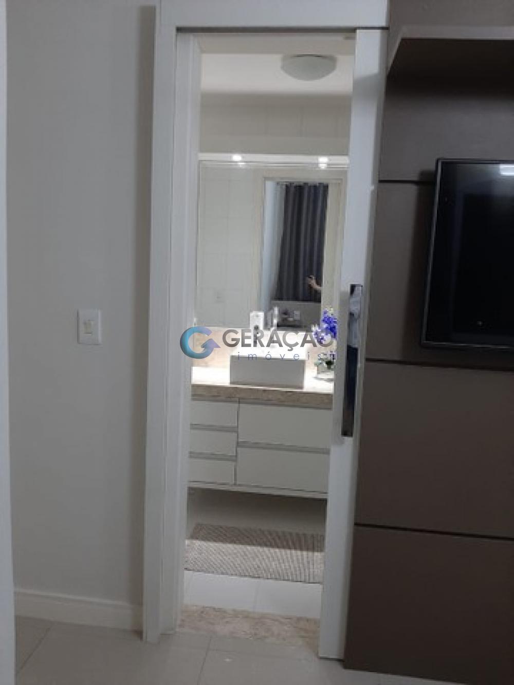 Comprar Apartamento / Padrão em São José dos Campos R$ 352.000,00 - Foto 14