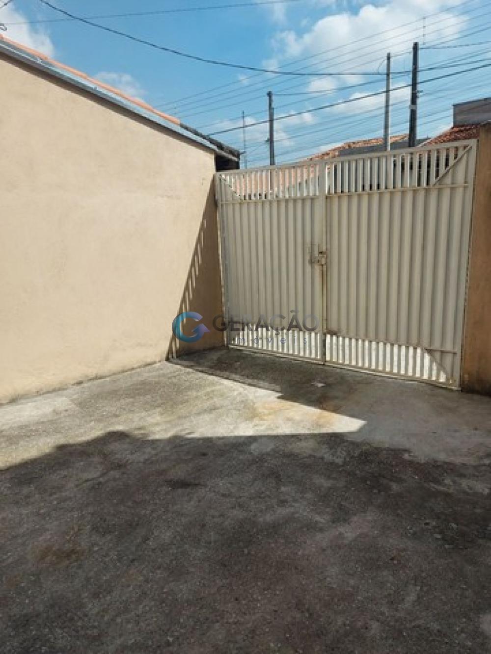 Comprar Casa / Padrão em São José dos Campos R$ 240.000,00 - Foto 11