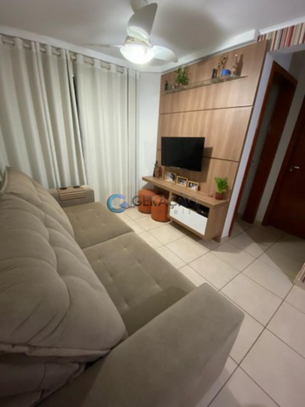 Comprar Apartamento / Padrão em São José dos Campos R$ 300.000,00 - Foto 2