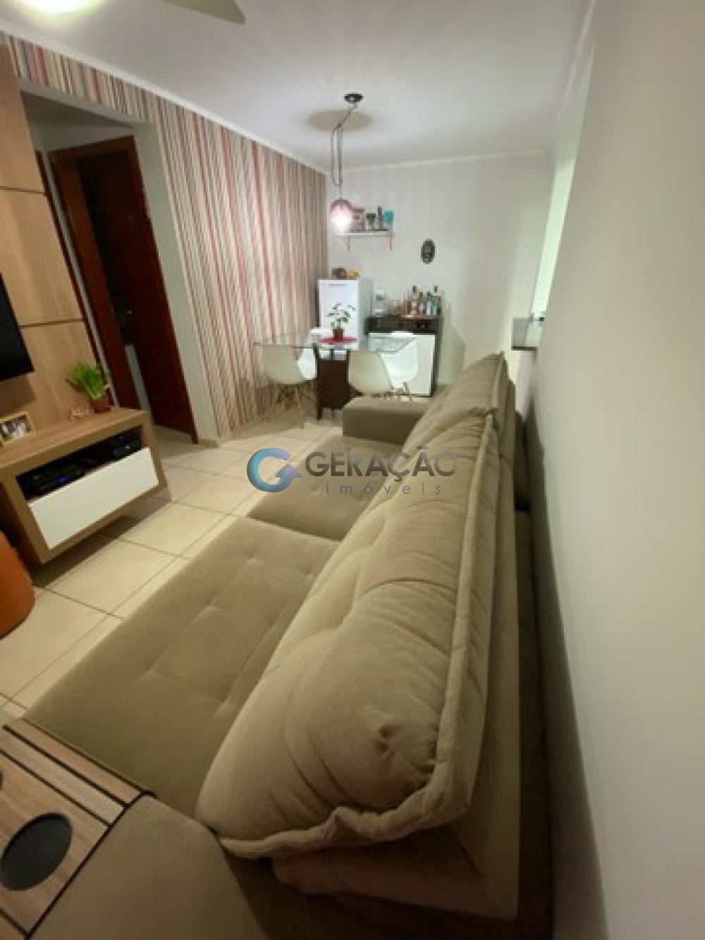 Comprar Apartamento / Padrão em São José dos Campos R$ 300.000,00 - Foto 3
