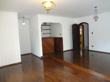 Alugar Casa / Padrão em São José dos Campos. apenas R$ 3.000,00