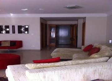 Alugar Apartamento / Padrão em São José dos Campos. apenas R$ 6.600,00