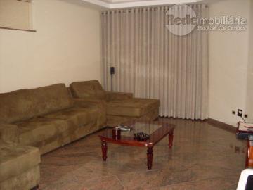 Alugar Casa / Condomínio em São José dos Campos. apenas R$ 2.500.000,00
