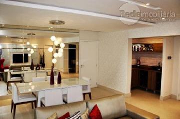 Alugar Apartamento / Padrão em São José dos Campos. apenas R$ 9.300,00