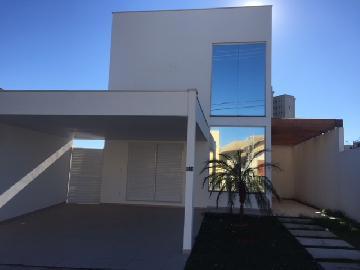 Alugar Casa / Condomínio em São José dos Campos. apenas R$ 980.000,00