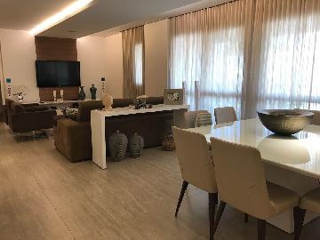 Alugar Apartamento / Padrão em São José dos Campos. apenas R$ 1.180.000,00