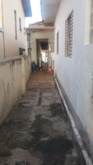 Comprar Casa / Padrão em São José dos Campos R$ 450.000,00 - Foto 19