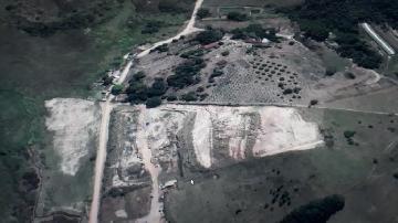Comprar Terreno / Área em Jacareí R$ 780.000,00 - Foto 2