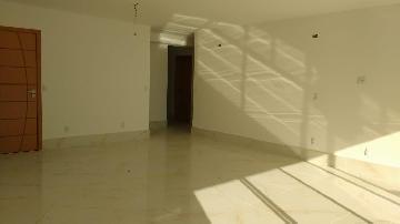 Alugar Apartamento / Padrão em São José dos Campos. apenas R$ 2.925,00