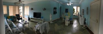 Alugar Apartamento / Padrão em Guarujá. apenas R$ 1.100.000,00
