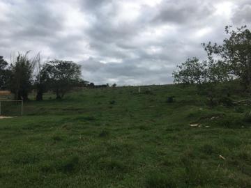 Alugar Terreno / Área em Jacareí. apenas R$ 9.200.000,00