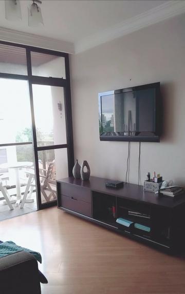 Apartamento / Padrão em São José dos Campos , Comprar por R$340.000,00