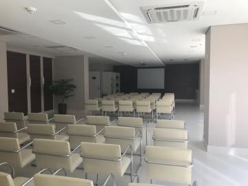 Comercial / Sala em Condomínio em São José dos Campos Alugar por R$8.000,00