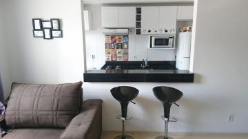 Alugar Apartamento / Padrão em Jacareí. apenas R$ 180.000,00