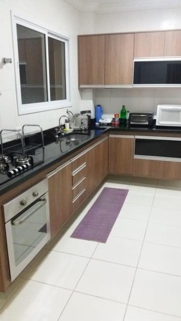 Apartamento / Padrão em São José dos Campos , Comprar por R$775.000,00