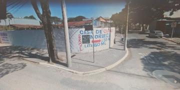 Terreno / Padrão em São José dos Campos , Comprar por R$450.000,00