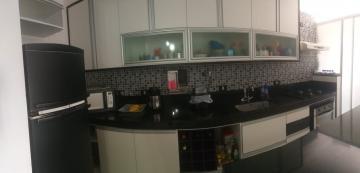 Apartamento / Padrão em São José dos Campos , Comprar por R$357.000,00