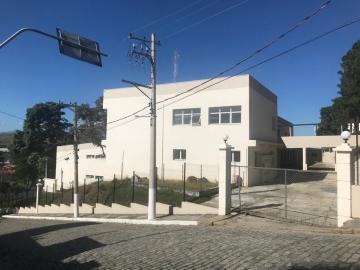 Comercial / Ponto Comercial em Cruzeiro Alugar por R$50.000,00