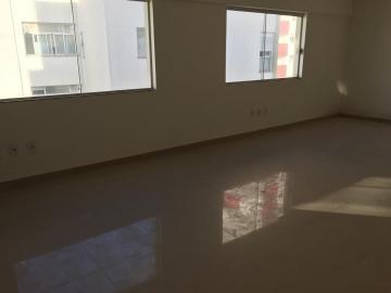 Alugar Comercial / Sala em Condomínio em São José dos Campos. apenas R$ 180.000,00