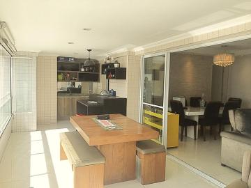 Apartamento / Padrão em São José dos Campos , Comprar por R$1.385.000,00