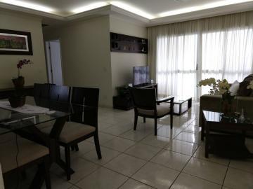 Apartamento / Padrão em São José dos Campos , Comprar por R$465.000,00