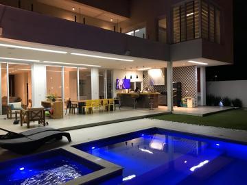 Casa / Condomínio em São José dos Campos , Comprar por R$3.750.000,00