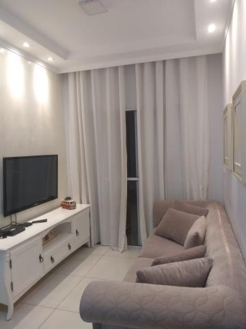 Apartamento / Padrão em Jacareí Alugar por R$1.200,00