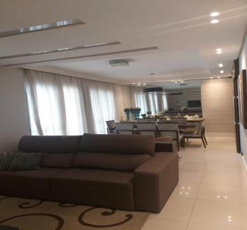 Apartamento / Padrão em São José dos Campos , Comprar por R$810.000,00