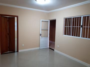 Alugar Casa / Padrão em São José dos Campos. apenas R$ 1.300,00