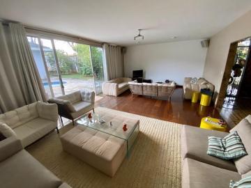 Alugar Casa / Padrão em São José dos Campos. apenas R$ 12.000,00