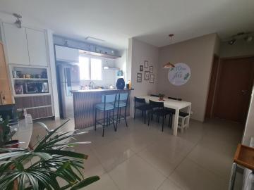 Comprar Apartamento / Padrão em São José dos Campos R$ 320.000,00 - Foto 2