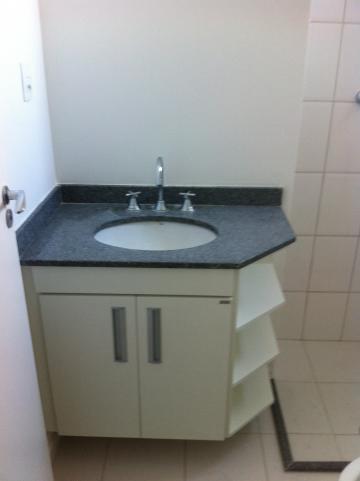 Alugar Apartamento / Padrão em São José dos Campos R$ 2.200,00 - Foto 7
