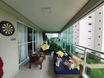 Apartamento / Padrão em São José dos Campos Alugar por R$5.600,00