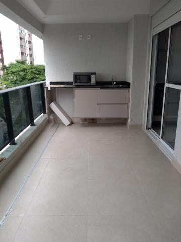 Apartamento / Padrão em São José dos Campos Alugar por R$1.950,00