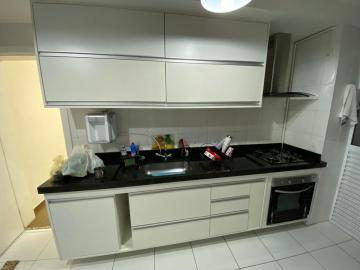 Apartamento / Padrão em São José dos Campos , Comprar por R$710.000,00