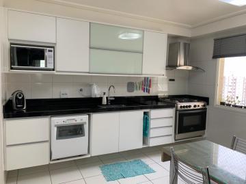 Apartamento / Padrão em São José dos Campos , Comprar por R$998.000,00