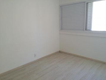 Apartamento / Padrão em São José dos Campos , Comprar por R$248.000,00