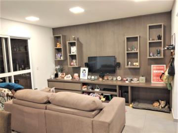 Apartamento / Padrão em São José dos Campos , Comprar por R$640.000,00