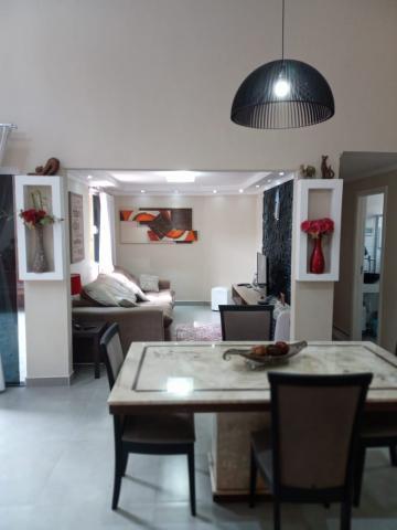 Casa / Padrão em São José dos Campos , Comprar por R$830.000,00