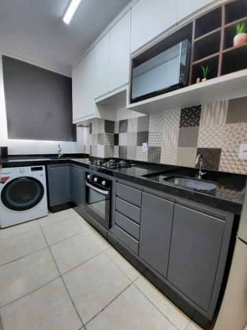 Alugar Apartamento / Padrão em São José dos Campos. apenas R$ 316.000,00