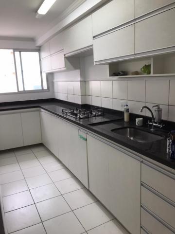 Alugar Apartamento / Cobertura em São José dos Campos. apenas R$ 382.000,00