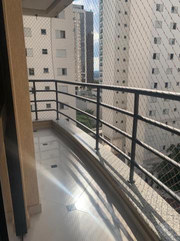 Apartamento / Padrão em São José dos Campos Alugar por R$1.450,00