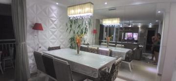 Apartamento / Padrão em São José dos Campos , Comprar por R$530.000,00