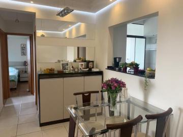 Apartamento / Padrão em São José dos Campos , Comprar por R$400.000,00