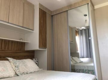 Apartamento / Padrão em São José dos Campos , Comprar por R$260.000,00