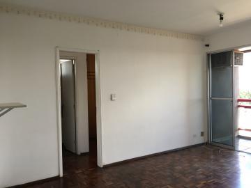 Apartamento / Padrão em São José dos Campos , Comprar por R$220.000,00