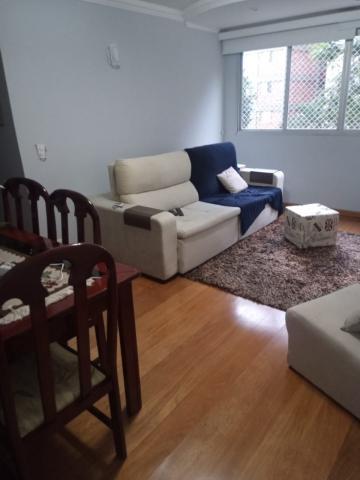 Apartamento / Padrão em São José dos Campos , Comprar por R$325.000,00